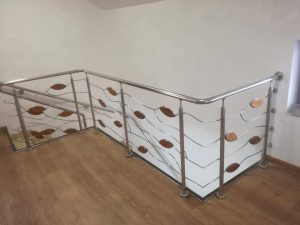 model balustrade inox frunze
