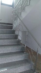 balustrade de inox trei fire serpuite